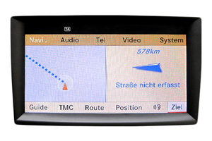Mercedes ML W166 - Navi Display Reparatur, Komplettausfall